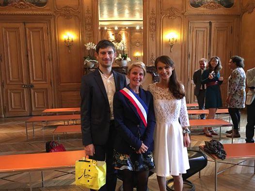 celebration-de-mariage-a-la-mairie-damiens